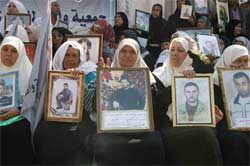 Demo ibu-ibu Palestina